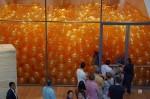 Poproszono ich by weszli do pokoju wypełnionego balonami, nie myśleli że dostaną tak cenną lekcję