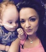 """Ten chłopiec zadziwił świat medycyny. Dwa lata temu urodził się bez mózgu, a niedawno po raz pierwszy powiedział """"mama"""""""