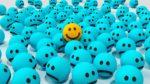 Odbieranie pozytywnych komunikatów sprzyja zwiększonej akceptacji ze strony innych, poczuciu wspólnoty oraz motywacji w przyczynianiu się do zmian społecznych