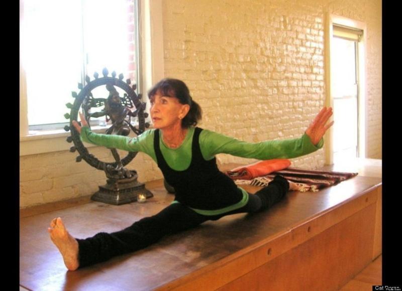 92-letnia tancerka i joginka zdradza sekret długowieczności