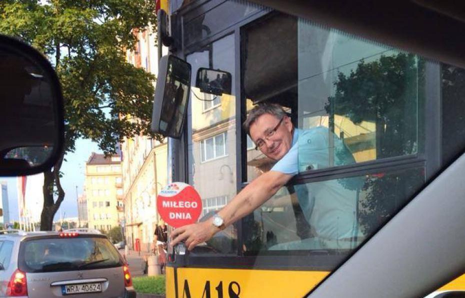 """Wesoły Kierowca """"znowu nadaje"""" … tym razem na linii 122"""