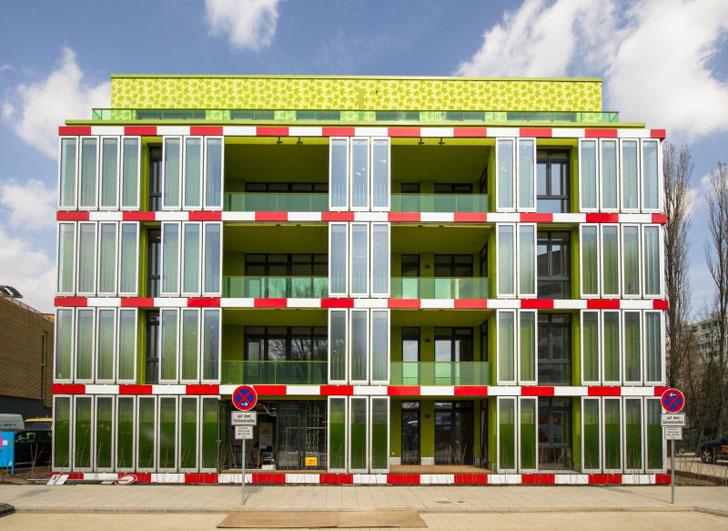 Budynek, który czerpie energię z glonów i … żyje
