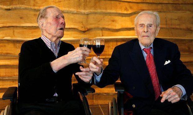 Najstarsze bliźnięta świata właśnie skończyły 103 lata