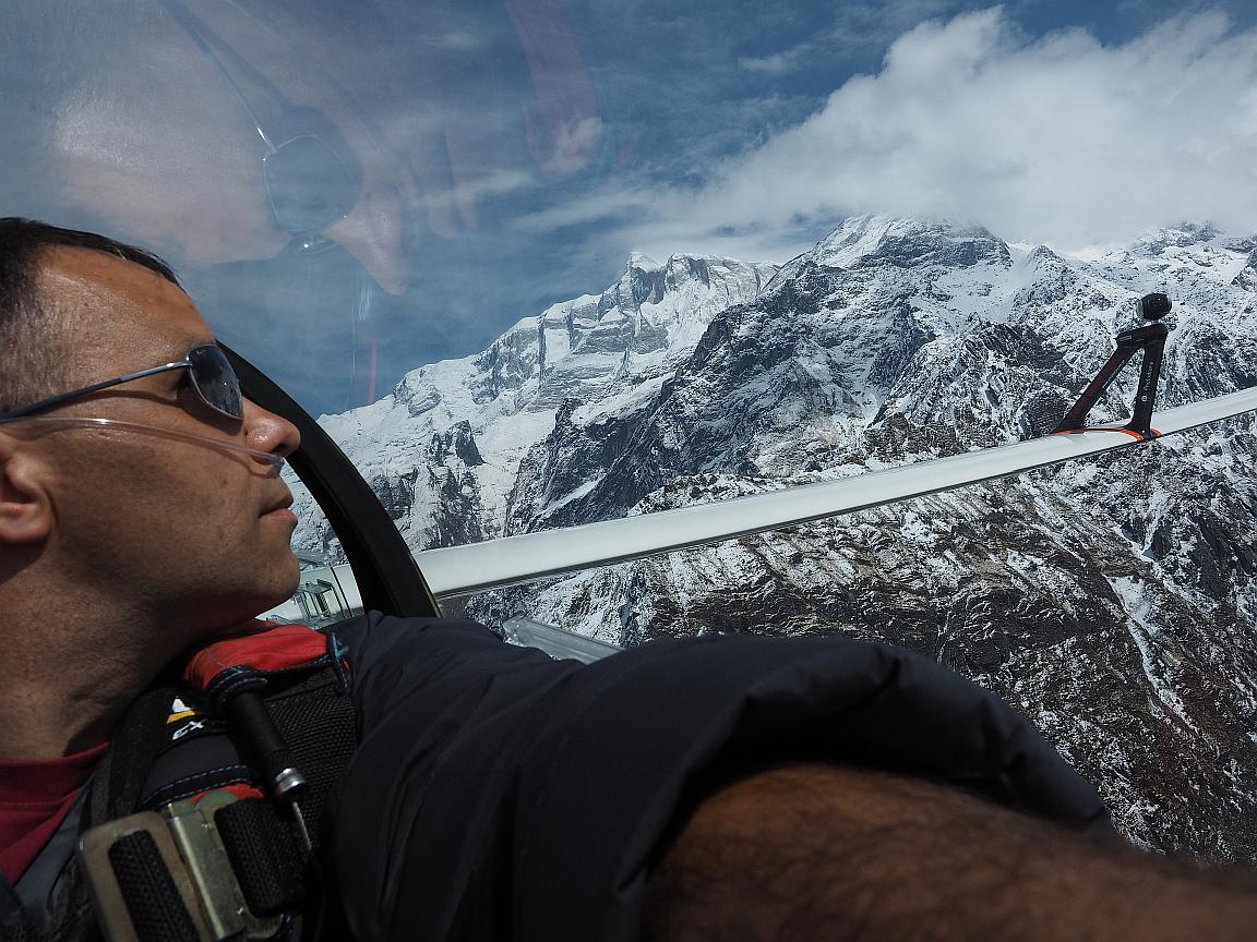 Sebastian Kawa  jako pierwszy człowiek na świecie latał szybowcem nad Kaukazem