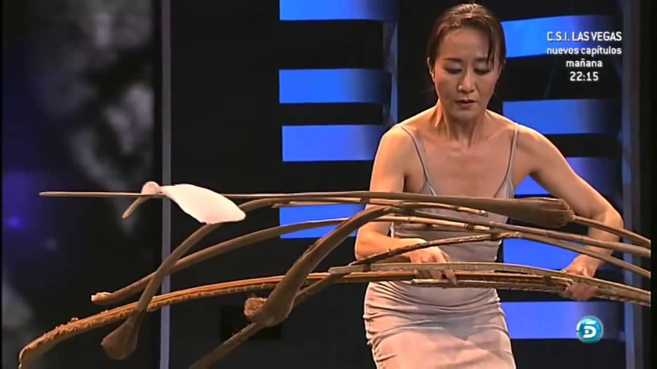 Magiczny akt japońskiej tancerki zen