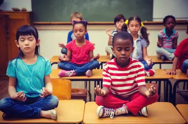 W tej szkole w Baltimore dzieci za karę… medytują. Rezultaty przerosły oczekiwania