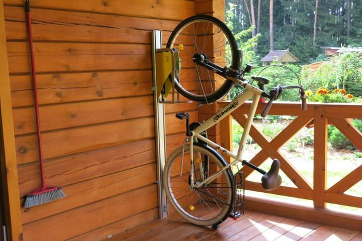 PARKIS – automatyczny wieszak na rower