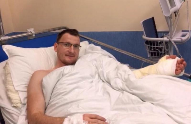 Chirurdzy z Wrocławia przyszyli 32-latkowi rękę, której nigdy nie miał