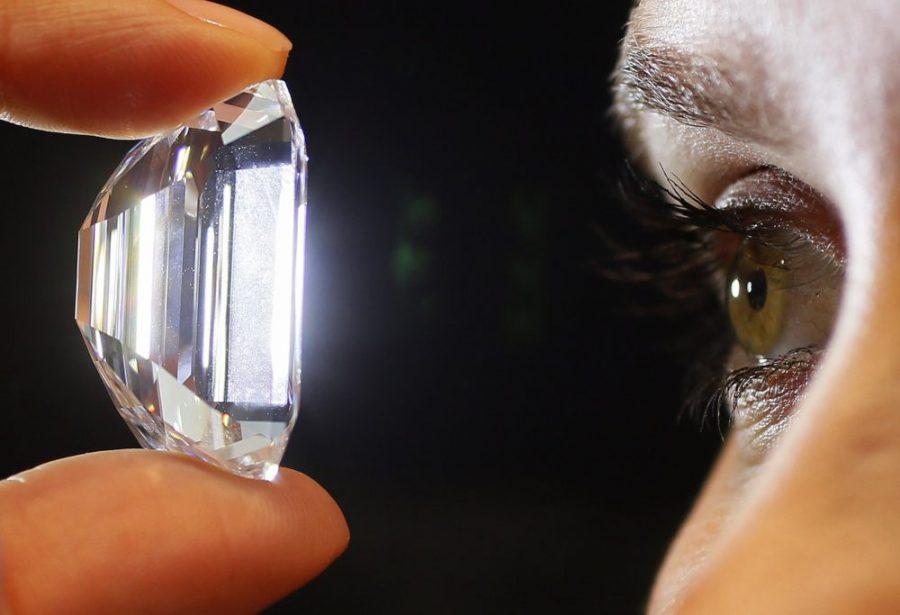 Diamentowe baterie, które zmienią świat? Działają tysiące lat, utylizują radioaktywne odpady