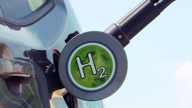 300 km na jednym litrze – polscy studenci budują auto napędzane wodorem