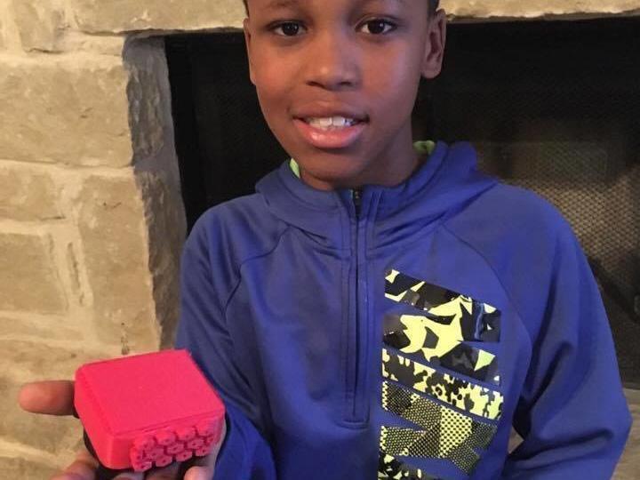 Dziesięciolatek wynalazł kostkę ratującą dzieci pozostawione w rozgrzanych autach