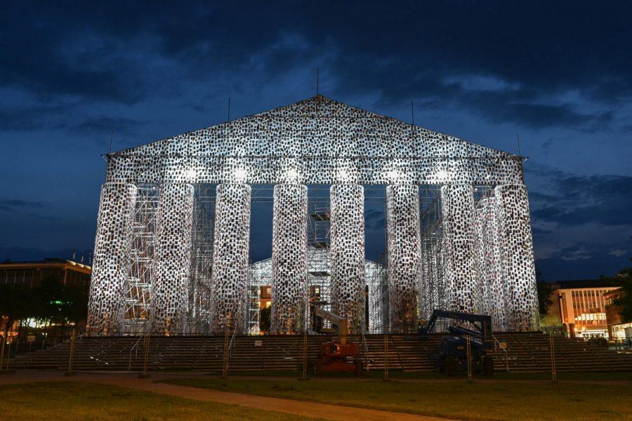 W miejscowości Kassel w Niemczech wybudowano replikę greckiego Partenonu…z książek!