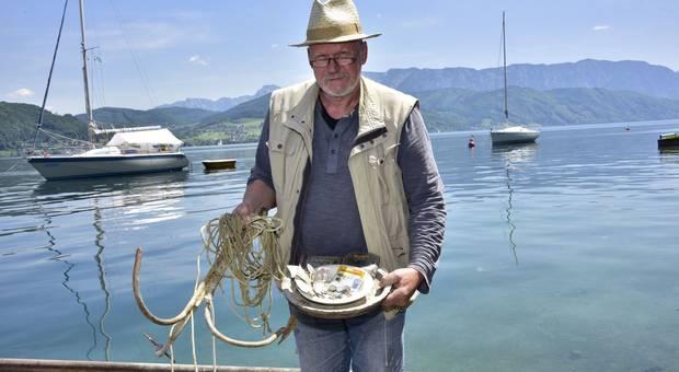 Łowił ryby i zgubił portfel. Odnalazł go po 25 latach!