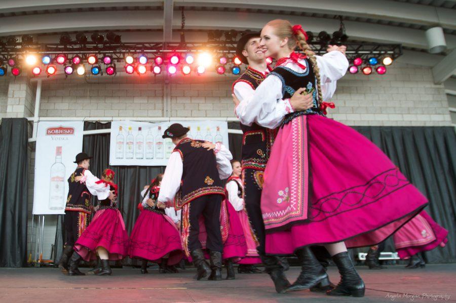 Wiwat Polonia!  W Rzeszowie ruszył największy festiwal folklorystyczny