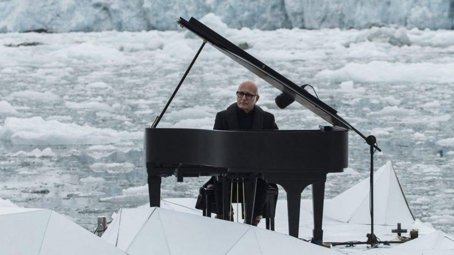 Na pływającej platformie, na tle lodowca… muzyka, która przyprawia o gęsią skórkę