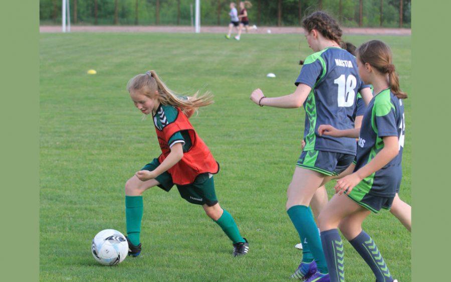 10-letnia dziewczynka objawieniem piłkarskim na Litwie