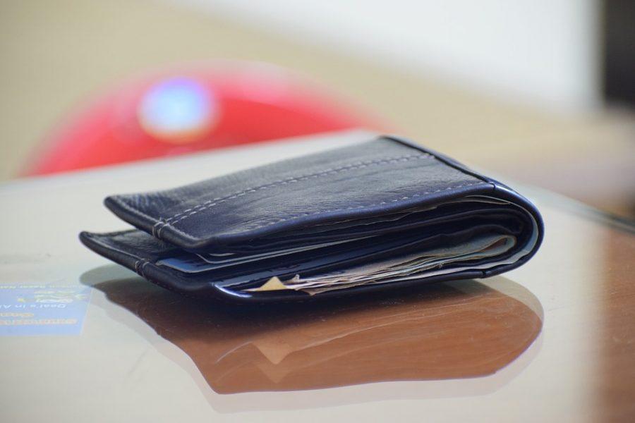 81- letni mężczyzna odzyskał pieniądze i dokumenty dzięki ludzkiej uczciwości