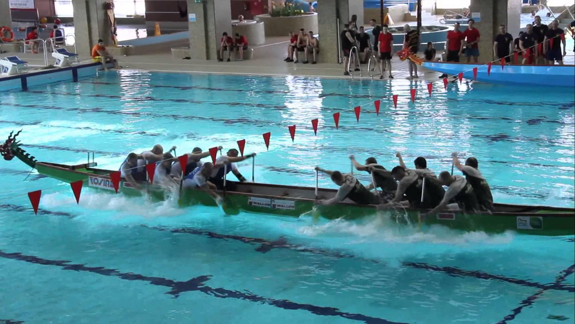 Polacy wymyślili nowy sport – Smocze Łodzie na basenie:)