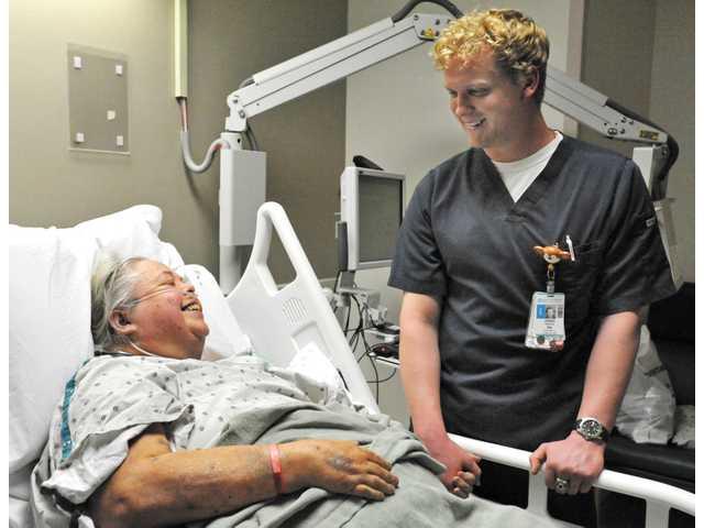 Jared Axen – pielęgniarz, który swoim śpiewem wzrusza do łez