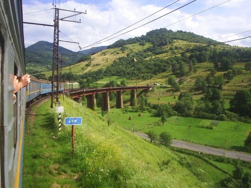 Unikalne atrakcje zakarpackiej trasy kolejowej