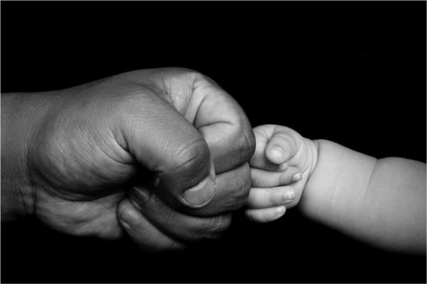 Starsi ojcowie mogą przekazać długowieczność swojemu potomstwu