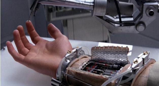 """Powstała proteza dłoni, która """"czuje"""""""