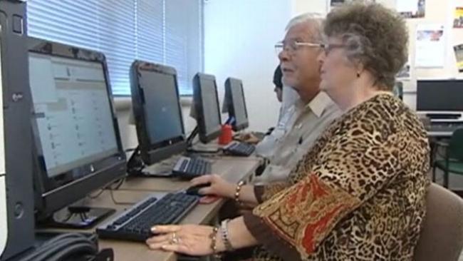 Po 51 latach małżeństwa, para wraca na studia