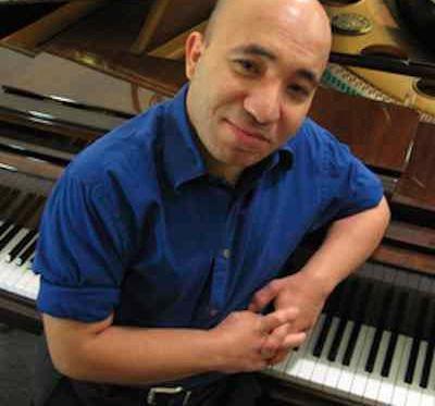 Pianista urodzony ze skróconymi palcami dowodzi, że specjaliści się mylą