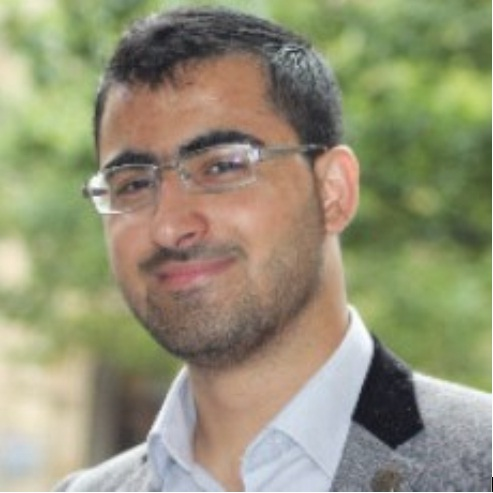 Młody afgański uchodźca zostaje studentem w Wielkiej Brytanii.