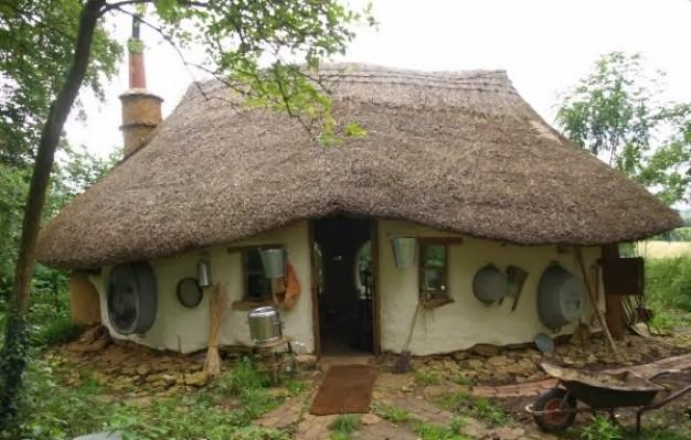 Dom ekologiczny za kilkaset złotych? To możliwe!