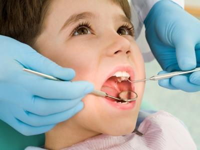Koniec z plombami? Naukowcy mają sposób, by zęby odrastały