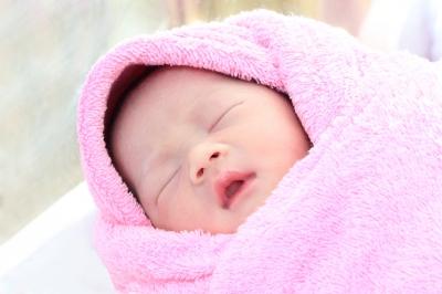 Nic już nie było w stanie uratować życia tego noworodka. To właśnie wtedy wydarzył się cud.