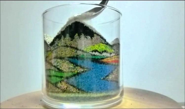 Ako Tsubaki – sztuka rysowania piaskiem