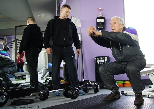 Starość nie radość? Zabierz dziadka na siłownię!
